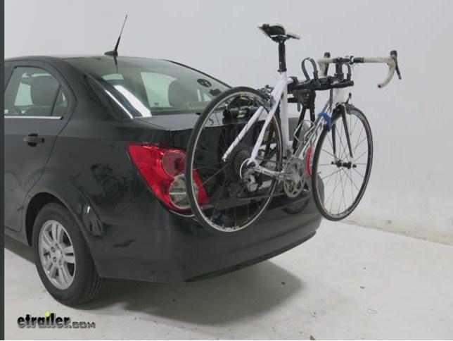 Black 2-Bike Saris 1051 Sentinel Trunk Rack